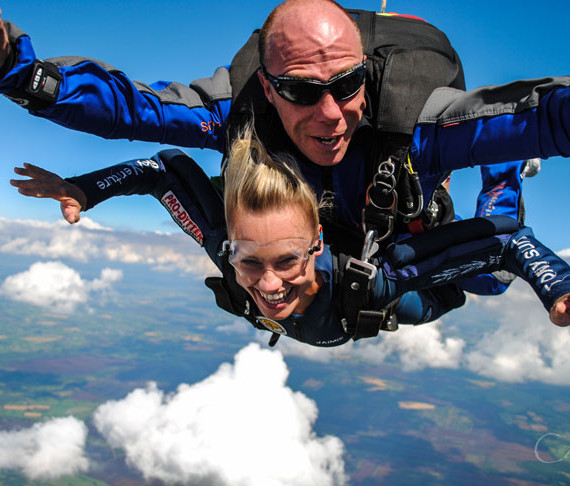 Book your Skydive | Irish Parachute Club