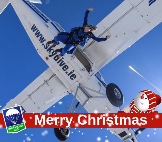 couple-tandem-christmas-skydive